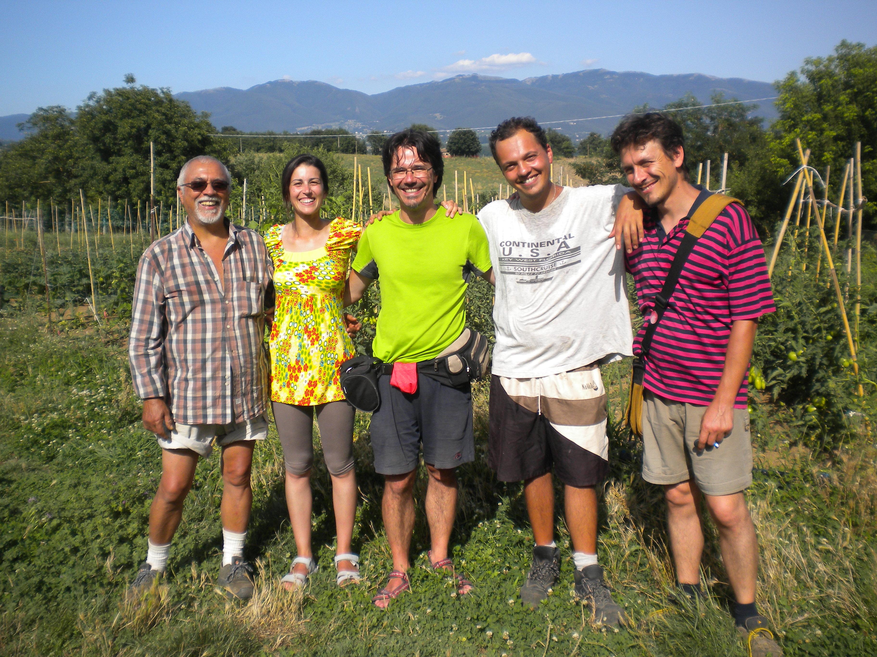 Sandro e Fabrizio Cicerchia con Lucio Graziano e l'equipe di #2RR