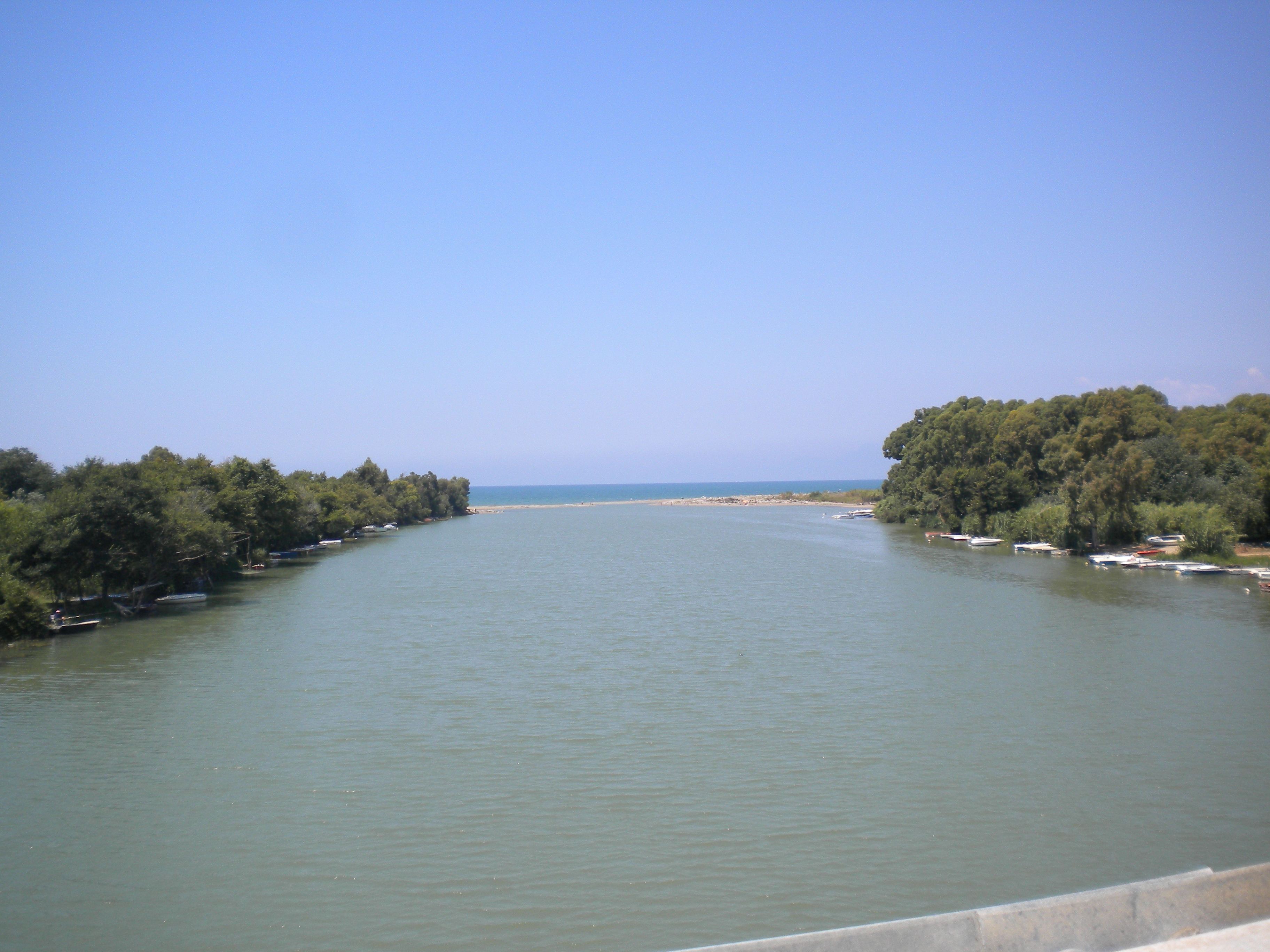 Foce del fiume Sele tra Eboli e Paestum