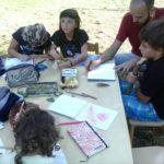 Divenire ed essere comunità: l'Asilo nel bosco e Community School come realtà comunicanti
