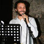 """""""La realtà è più avanti"""": l'Italia che cambia a teatro con Daniel Tarozzi"""