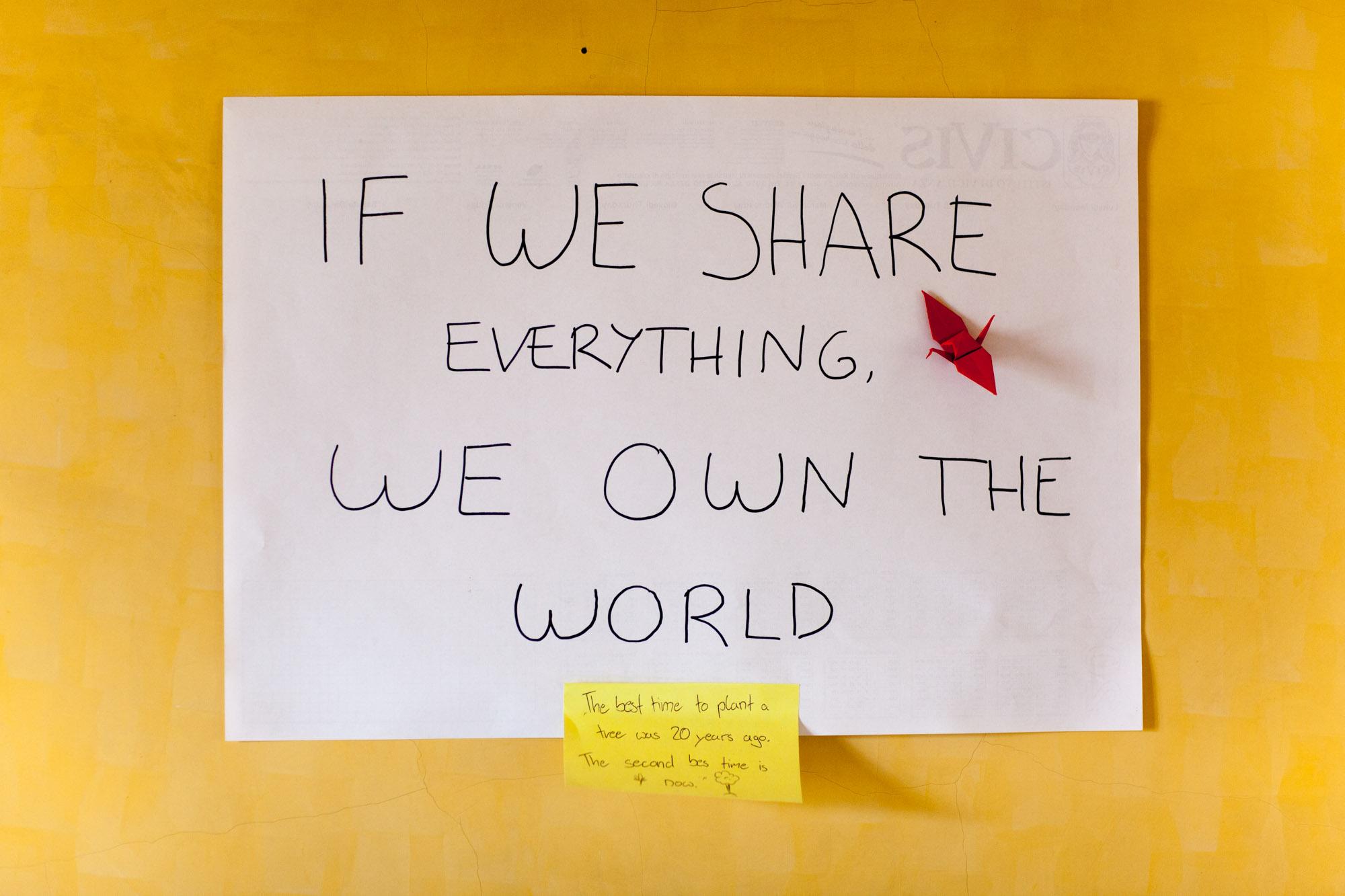 Se condividiamo tutto, siamo padroni del mondo