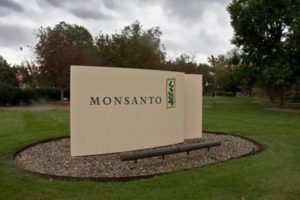 monsantosign_feature-750