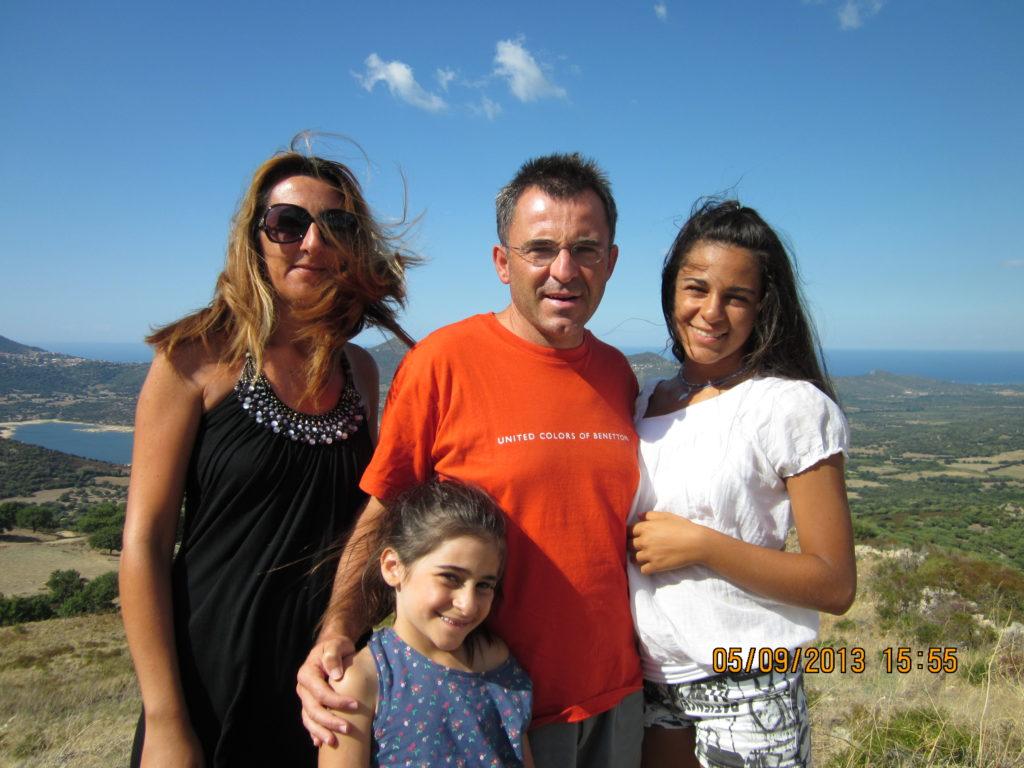Gianni Davico si definisce nell'ordine papà, golfista, imprenditore e blogger
