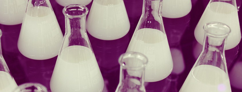 flasks-606611_1280