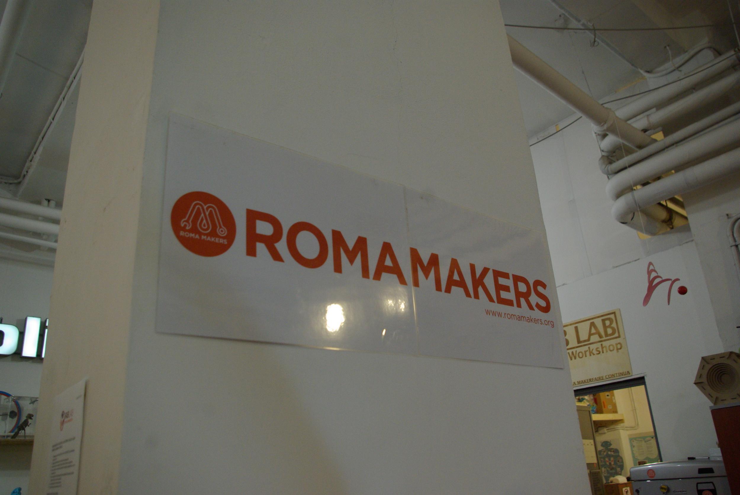 Roma makers è un'associazione di promozione sociale, e l'ingresso al FabLab è aperto a tutti