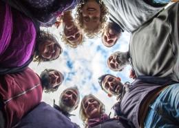 Tempo di Vivere è una comunità di persone che vuole dimostrare che è possibile vivere e crescere insieme, come individui e come comunità, per costruire un mondo migliore