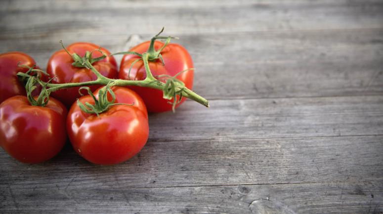 tomatoes-775x434