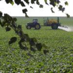 """Aumentano i pesticidi nelle acque italiane. """"Stop al glifosato"""""""