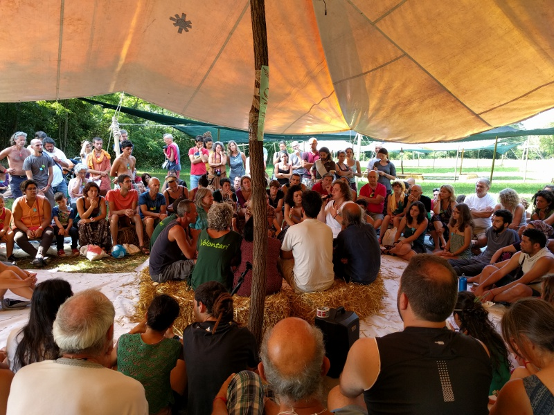 Risultati immagini per ecovillaggi raduno