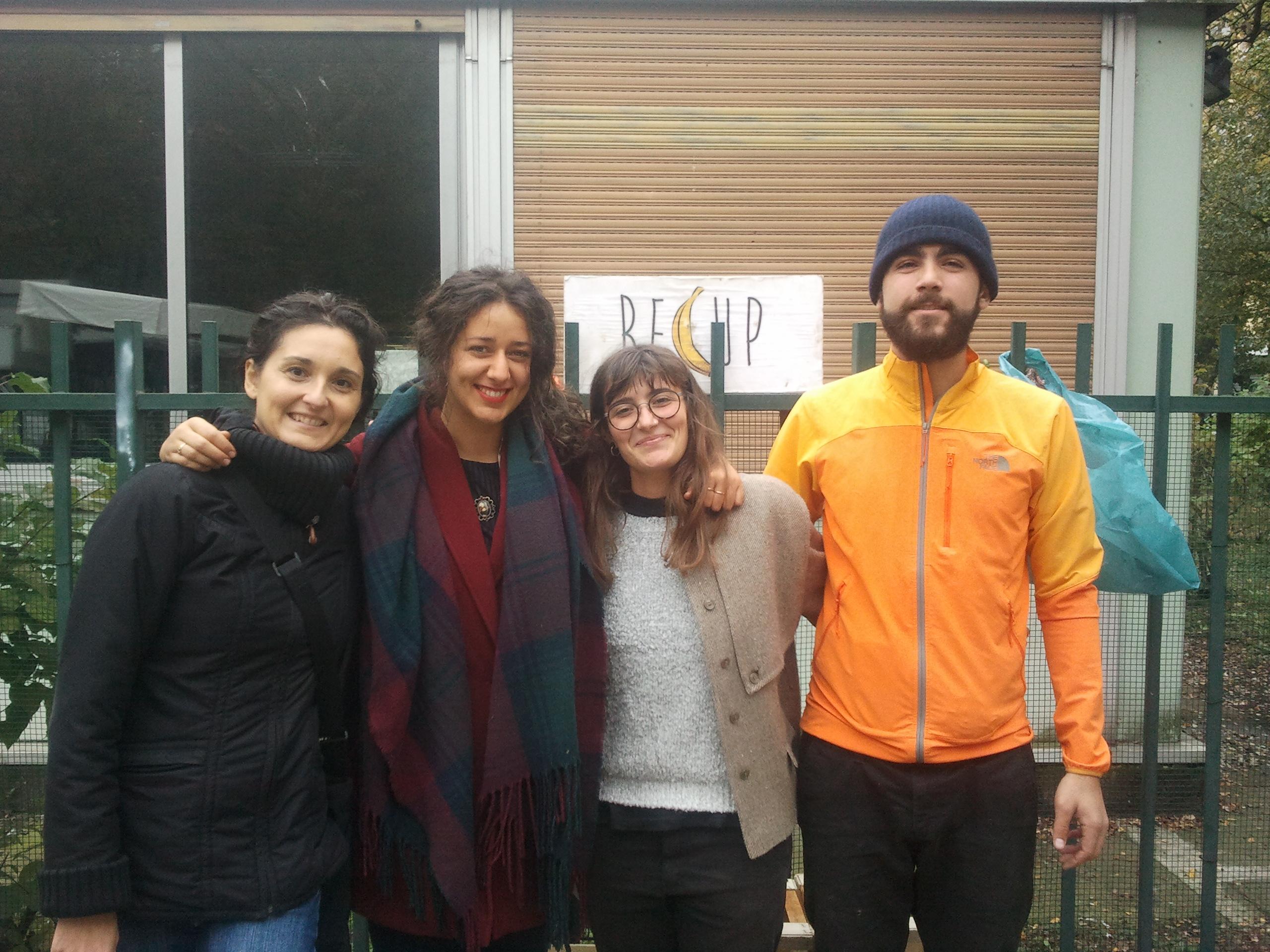 Da sinistra a destra i volontari di Recup: Beatrice, Ilaria, Federica e Alberto