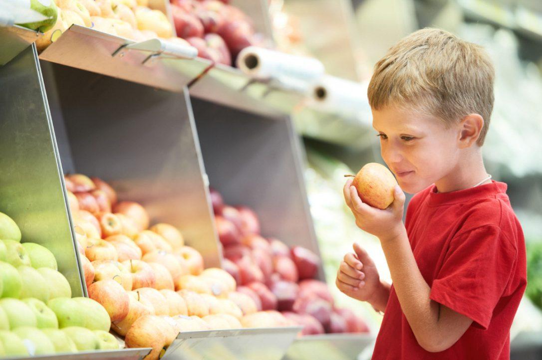 children-groceries.jpg.size.custom.crop.1086x722