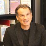 Andrea De Carlo: il cambiamento tra romanzi e realtà – Meme #1