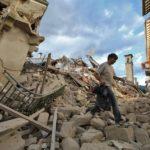 Terremoto: lo Stato non c'è, i cittadini si attivano