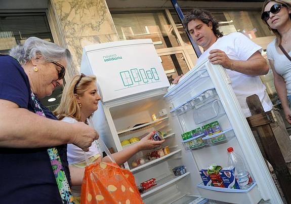 Frigorifero solidale in Spagna
