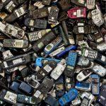 Allungare la vita del telefoni per ridurre costi e inquinamento