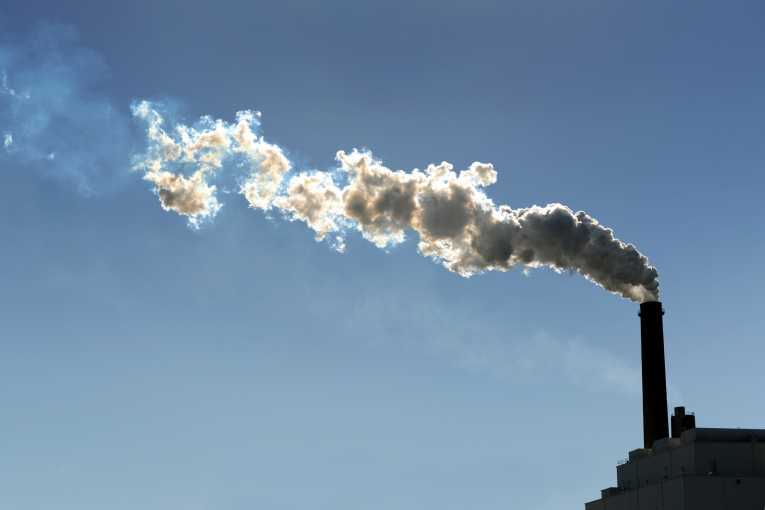 uk-commits-halving-emissions-fourth-carbon-budget_175