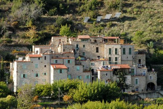L'ecovillaggio Torri Superiore, sede del weekend dell'1-3 dicembre