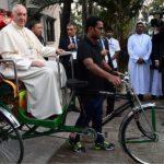"""Papa Francesco: """"Con il nucleare rischiamo l'autodistruzione"""""""