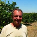 L'azienda agricola è in difficoltà, i co-produttori la salvano