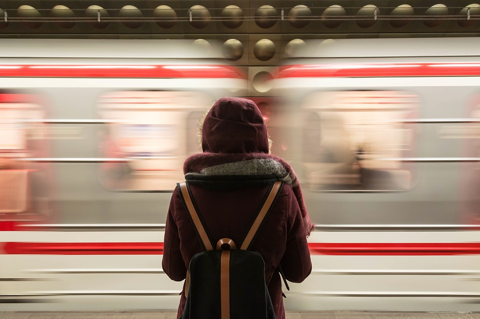 train-2593687_960_720