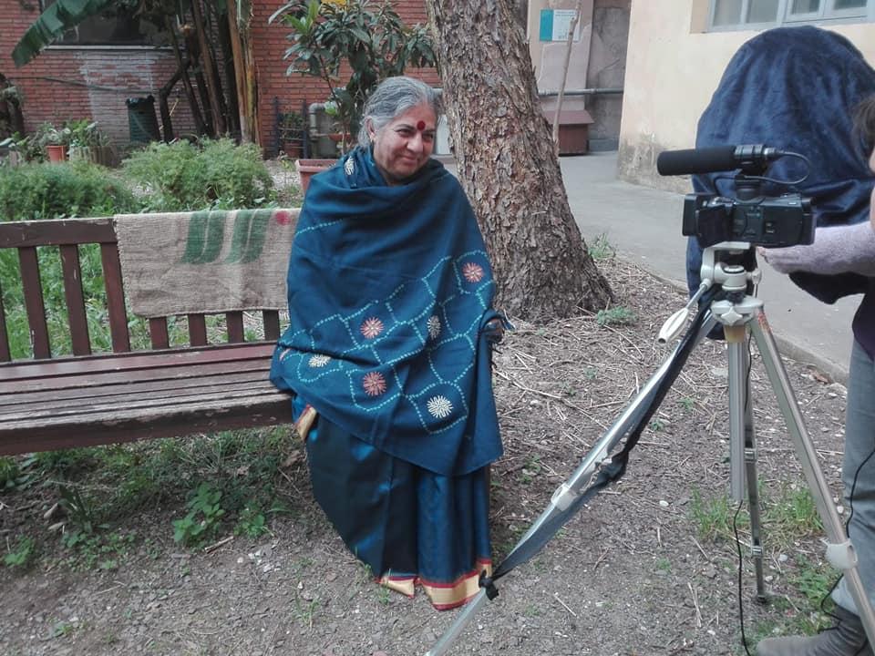 La nostra intervista a Vandana Shiva presso la Casa delle Donne di Roma