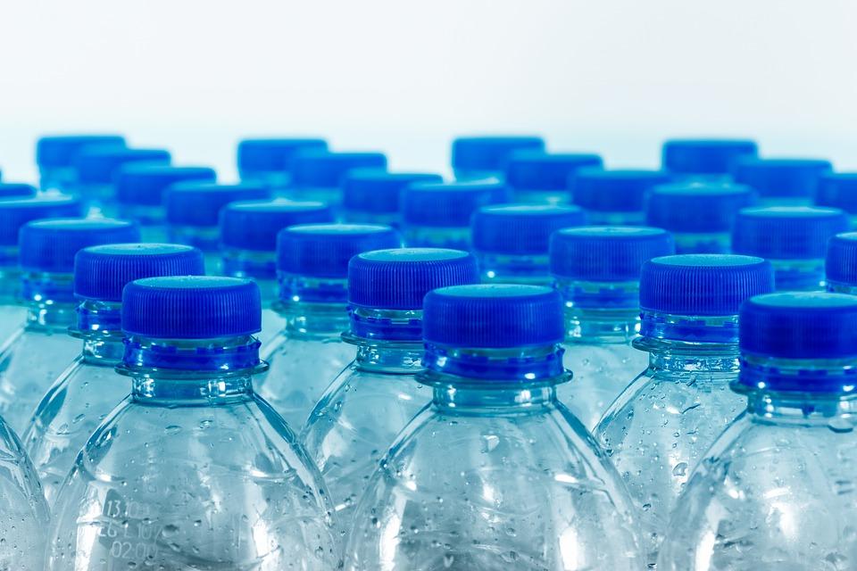 bottles-4276208_960_720