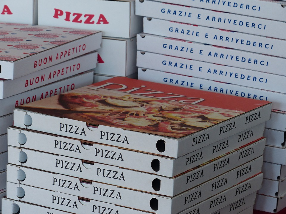 pizza-boxes-358029_960_720
