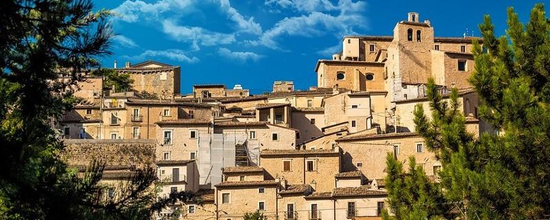 borgo-4437756_960_720