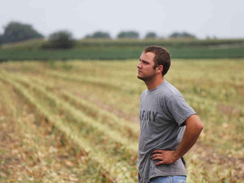 new_farmers2-bcfd6afddab19aceff644f5a6a74c9e0d533c3ae-s6-c30