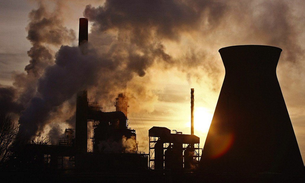 Grangemouth Oil Refinery Workers Walk Out On Strike