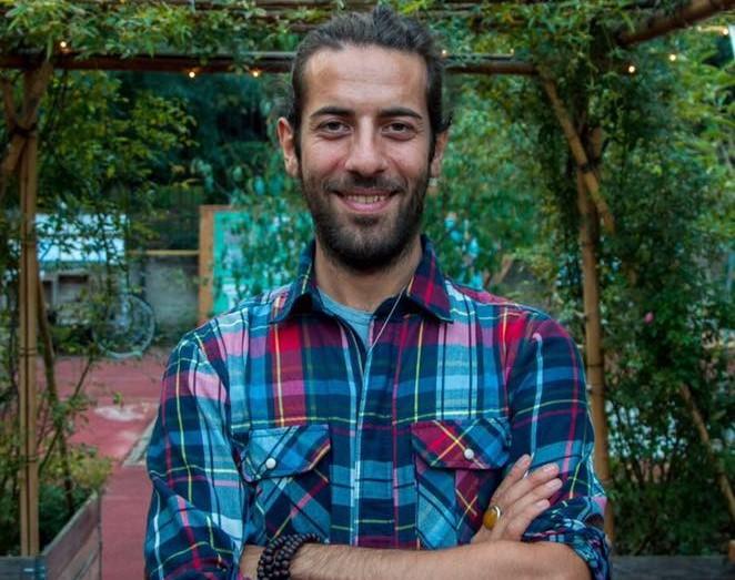 Andrea Abazari, fruttariano da due anni e fondatore del progetto FruitEvolution