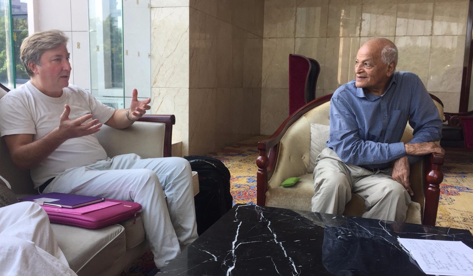 James P. Graham e Satish Kumar (Credits @He Longxiang)