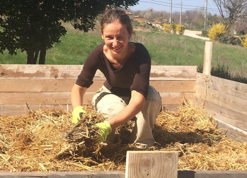 Laura Raduta, cofondatrice dell'ecovillaggio a pedali