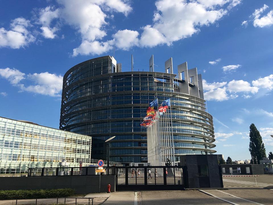unione-europea-finanza-etica