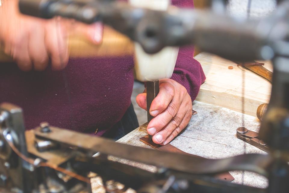 craftsmanship-2607408_960_720