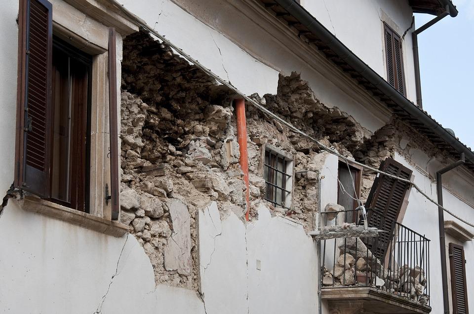 earthquake-1665881_960_720