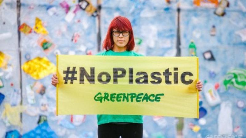plastic-free-week-greenpeace-torino