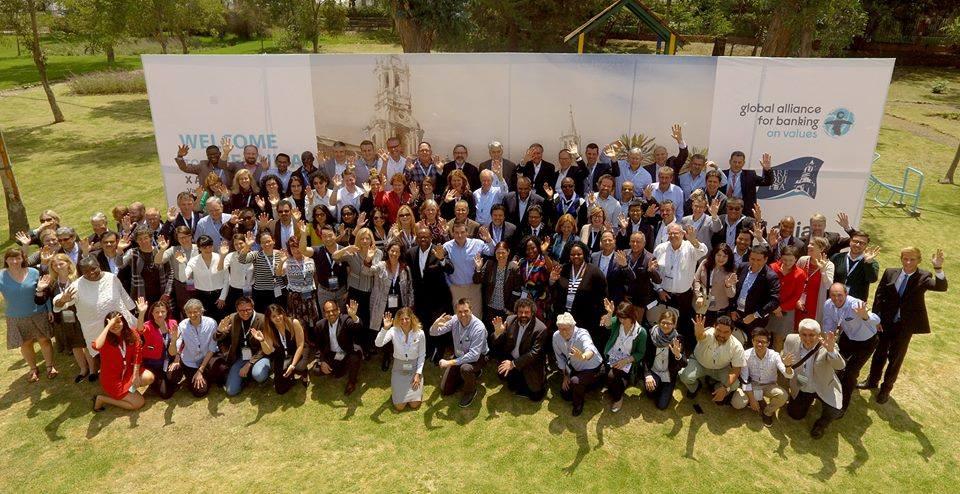 La Global Alliance for Banking on Values è un network di 54 banche e partner strategici da tutto il mondo impegnati a realizzare servizi e strumenti finanziari al servizio del bene comune e dello sviluppo sostenibile