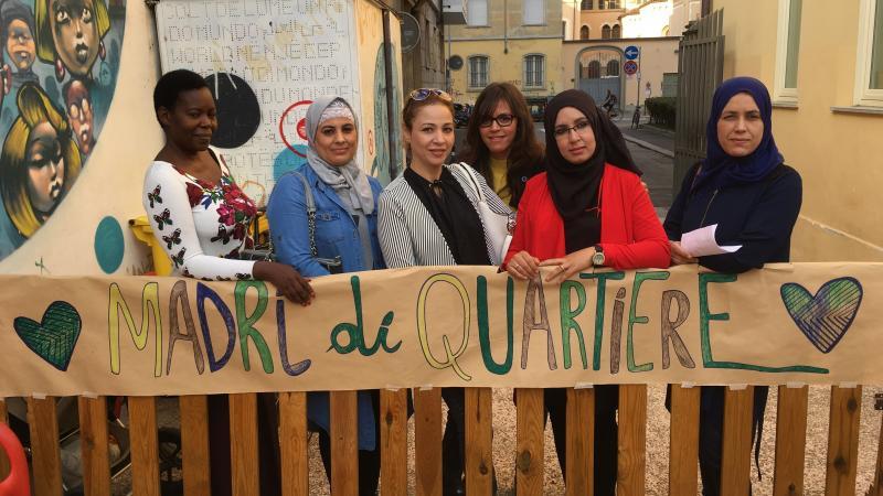 madri-di-quartiere-simbolo-solidarieta-abitanti-quartiere