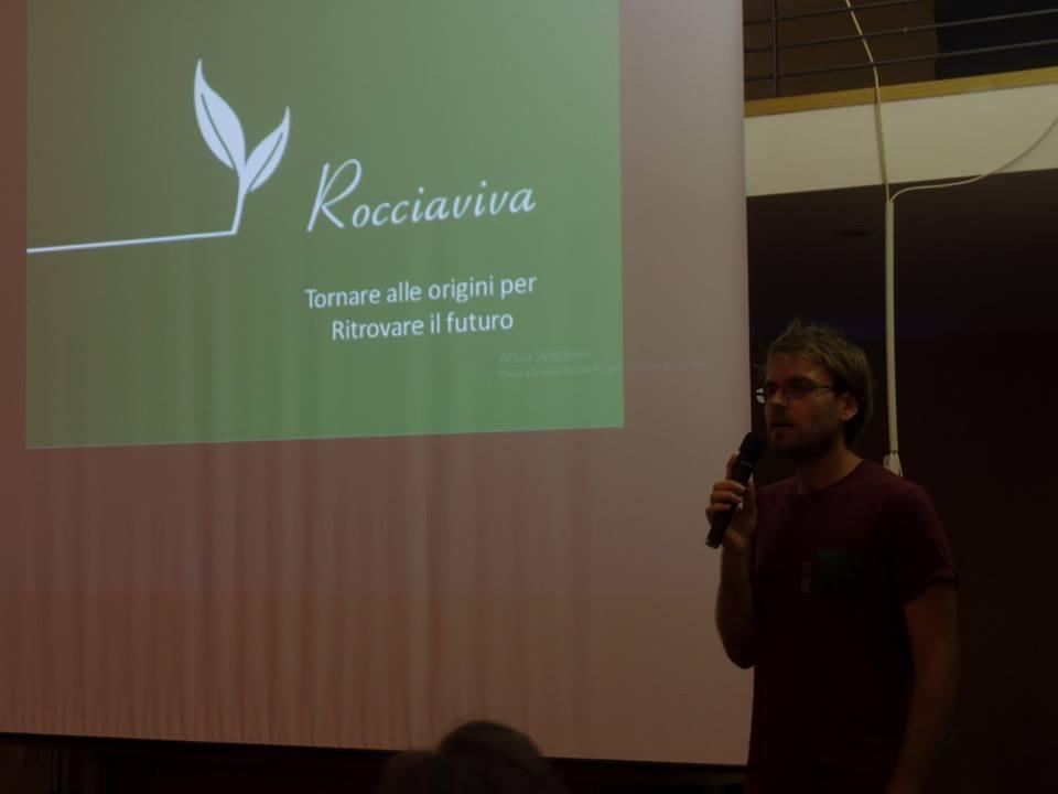 Pietro Franco presenta il progetto Rocciaviva alla Caritas Diocesana di Matera