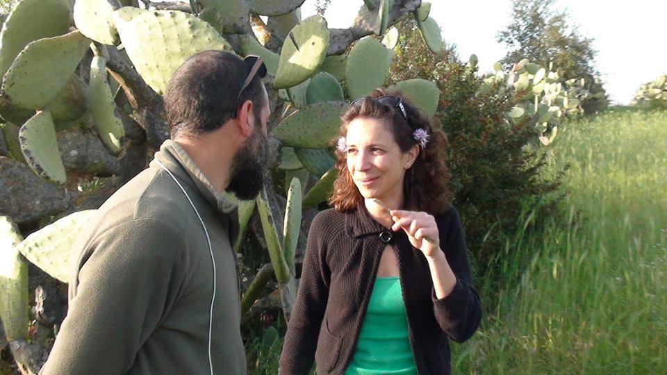 La regista con Giuseppe Arena, uno dei permacultori protagonisti del film