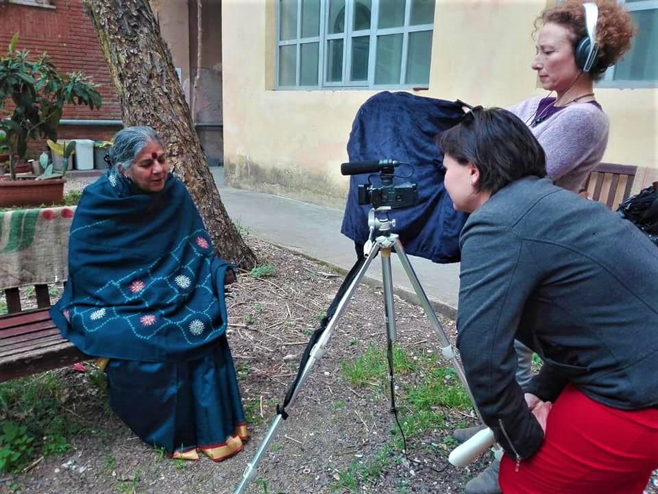 Daniela Bartolini e Annalisa Jannone intervistano Vandana Shiva