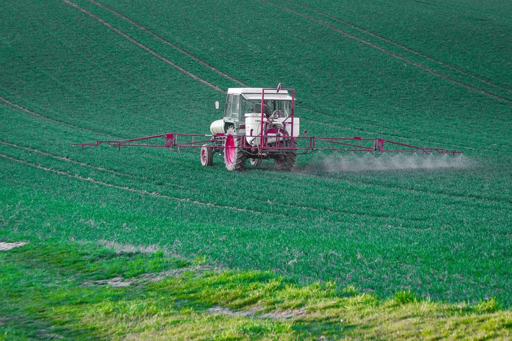 pesticide-4089879_1280