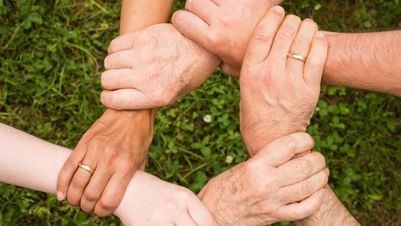 invecchiamento-attivo-piemonte-valorizza-nuove-risorse-per-intera-comunita