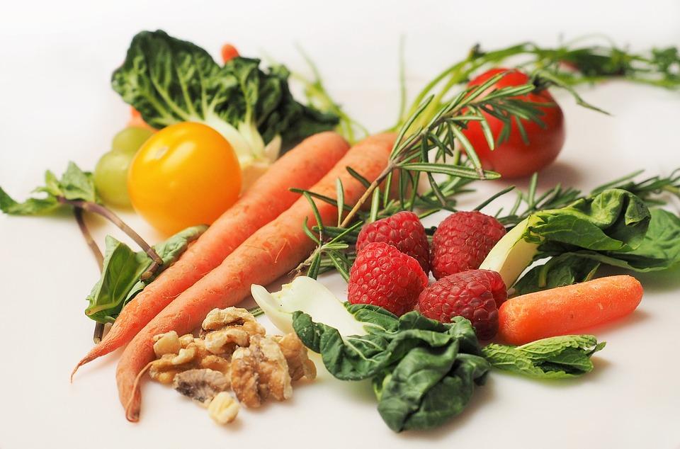 Cosa c'è di più buono e sano di un bel piatto di frutta e verdura?