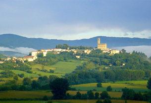 Firmato l'accordo per un turismo nuovo e sostenibile in Casentino