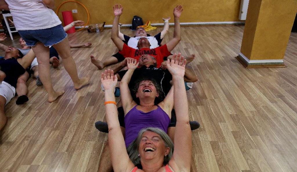 Yoga della Risata2