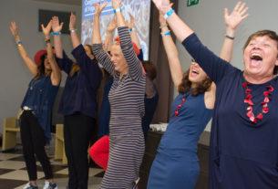 Dalla risata alla felicità: 40 azioni gentili contro la paura