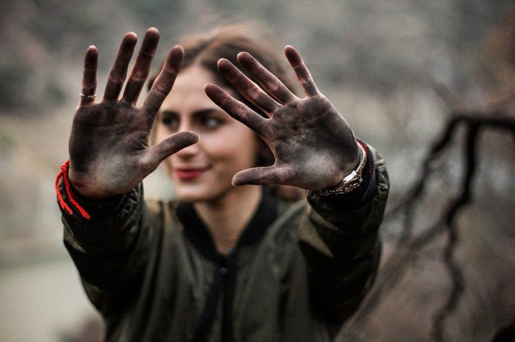 sporcarsi le mani