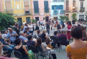 La comunità della Sardegna che promuove una Cultura Plurale